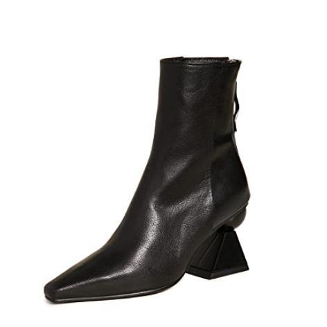 36码有货~Yuul Yie Amoeba Glam 黑色短靴 $340.2(约2344元)