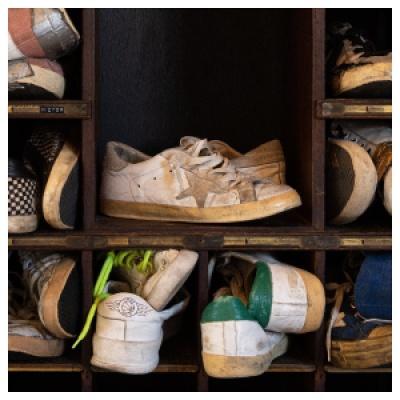 FORWARD:Golden Goose 私密7折<br />百搭小脏鞋¥2235、收经典绿尾